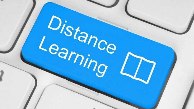 Distance education, what advantages and what disadvantages?