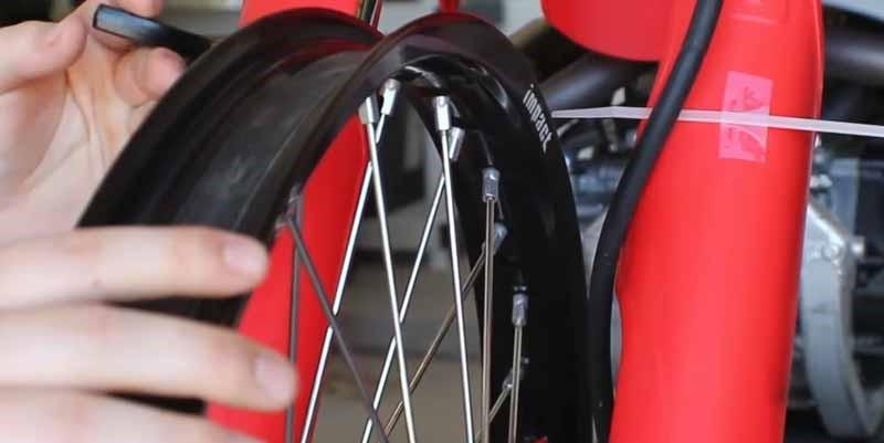 True Dirt Bike Wheel in Fastest Way